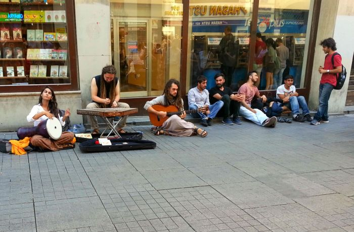 Street musicians in Istanbul