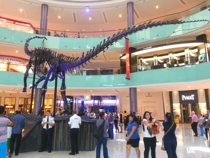 Dubai Mall dinosaur