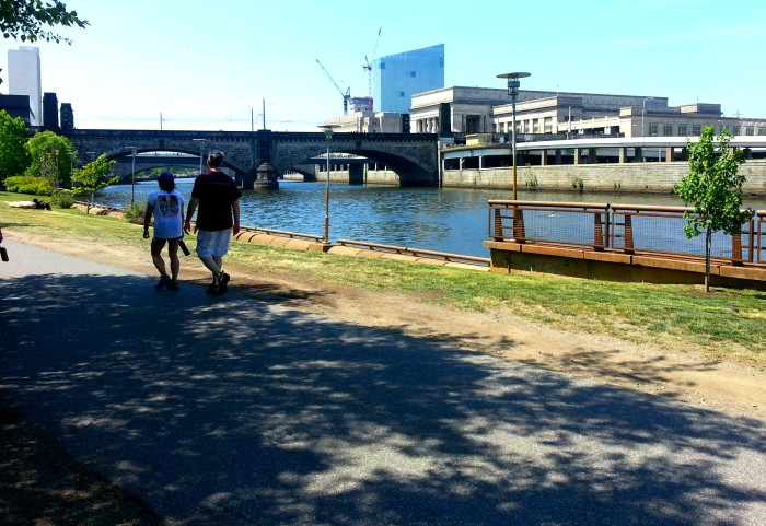 Schuykill River trail in Philadelphia