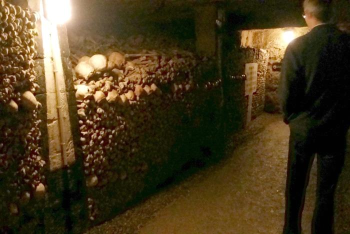 paris catacombs bones tunnel