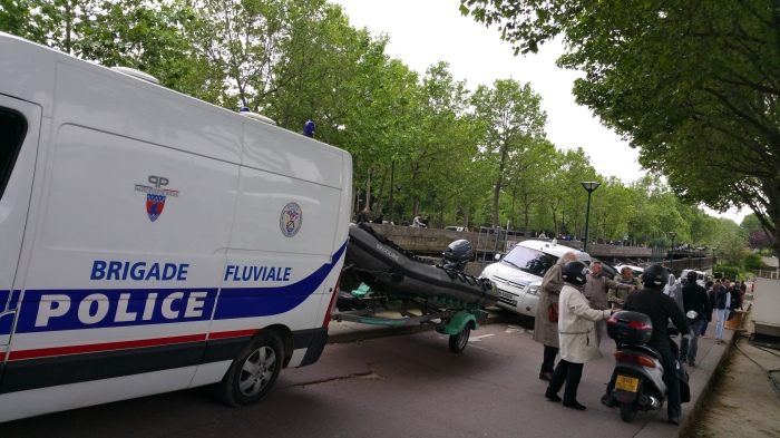 Seine River, Paris, flood, flooding, police