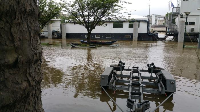 Seine River, Paris, flood, flooding, boat
