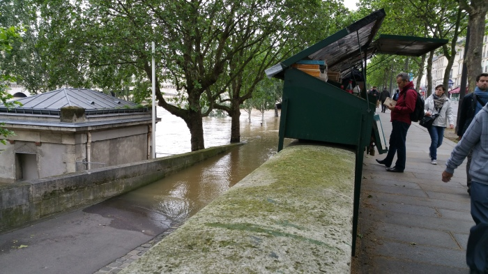 Seine River, Paris, flood, flooding, bouquinistes